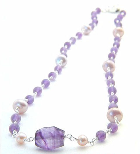 Saoric Amethyst Necklace